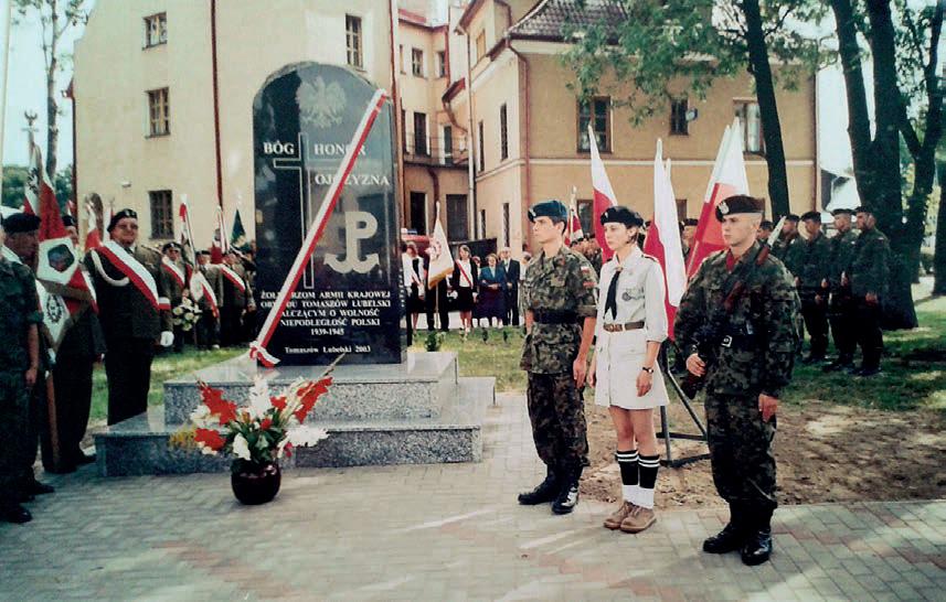 odsłonięcie pomnika ku czci żołnierzy ak w tomaszowie lubelskim